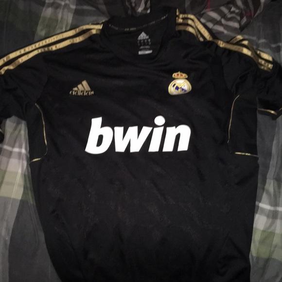 new product ca720 2c569 Real Madrid Kit